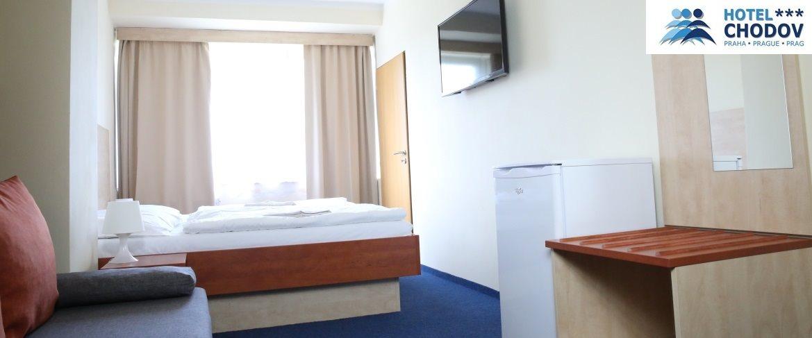 Hotel Chodov Praha - interiér nadstandardně vybaveného komfortního pokoje kategorie Superior*** EXTRA s chladničkou a velkou LCD televizí